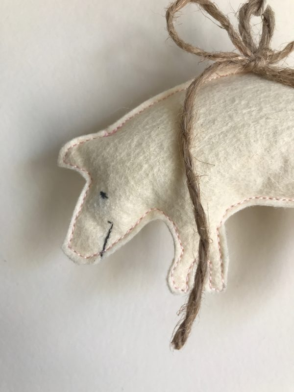 detail pig ornament face
