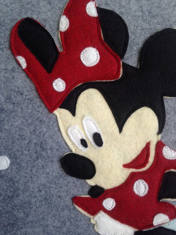 Minnie MOuse Stocking detail of Face
